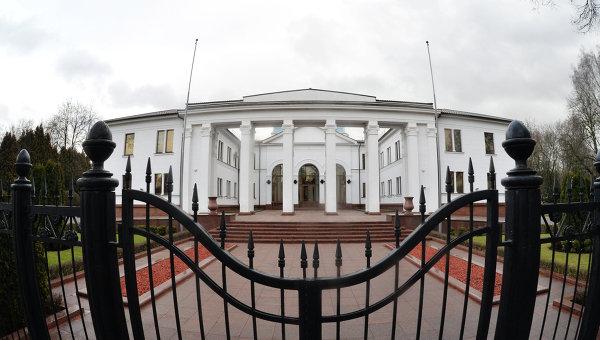 Киев заявил о договоренности прекратить огонь в Донбассе с первого сентября