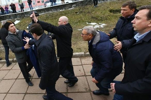 Касьянов согласен спасти Отечество. Но с условием