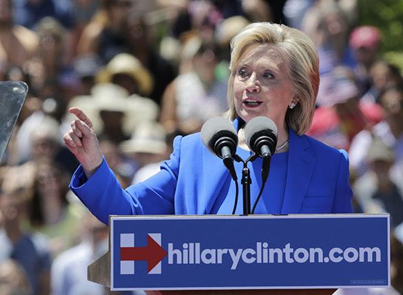 "Клинтон: ""Тифозная Мэри"" эпидемии самоубийств"