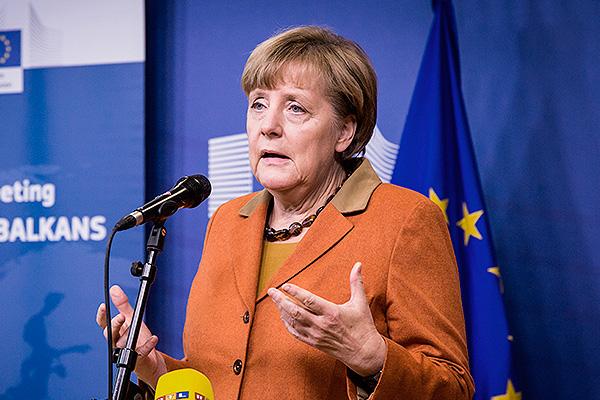 Петля на шее Меркель: о баранах, которые ведут свое стадо на евробойню