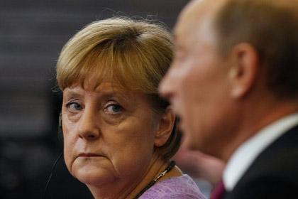 Немцы серьезно заметались: Меркель дрейфует в сторону России