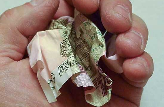 России пророчат дефолт, нищету и обвал рубля. Верить ли?