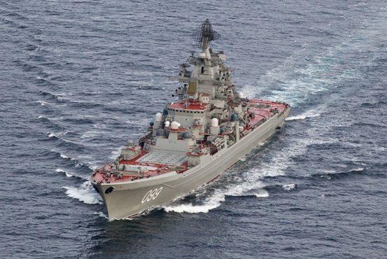 Корабельная ударная группа Северного флота повышает градус истерики в НАТО