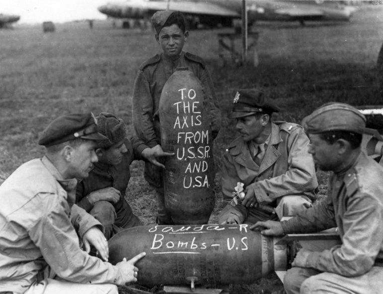 Как русские солдаты с американскими воевали