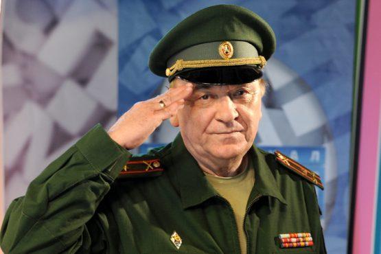 """Виктор Баранец: """"Заявления Мэттиса толкают США и Россию в окопы"""""""