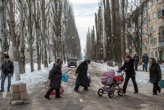 «У нас тут ад!»: Как Донбасс выживает под огнем артиллерии