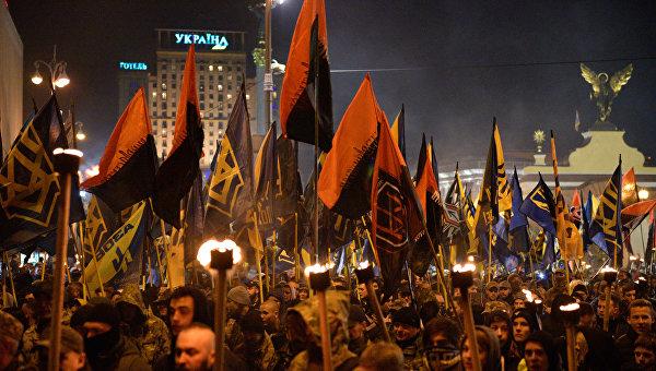 Украинский рейх: после свержения Порошенко страна станет «гуляй-полем»