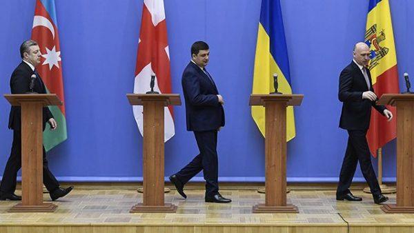 Реанимация амбиций украинского трупа