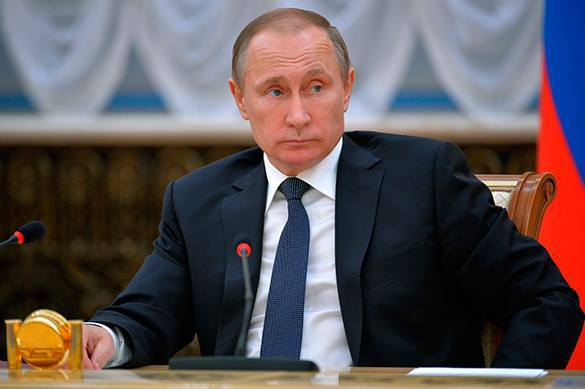 """Знаменитости о пятилетке Путина: """"Сейчас нас никто не посмеет тронуть"""""""