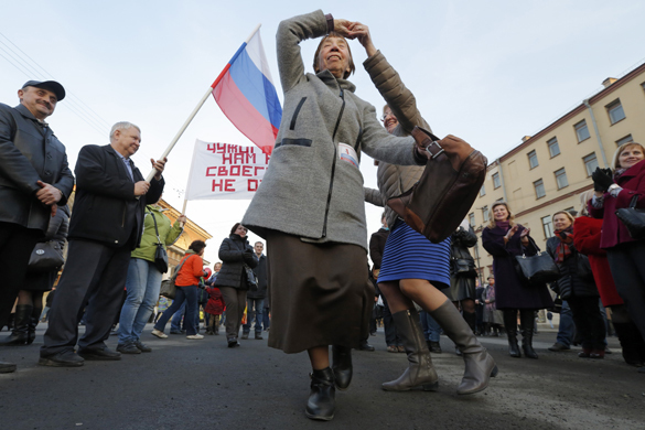 С Украиной мы стали помойкой, воссоединение с Россией это что-то заоблачное