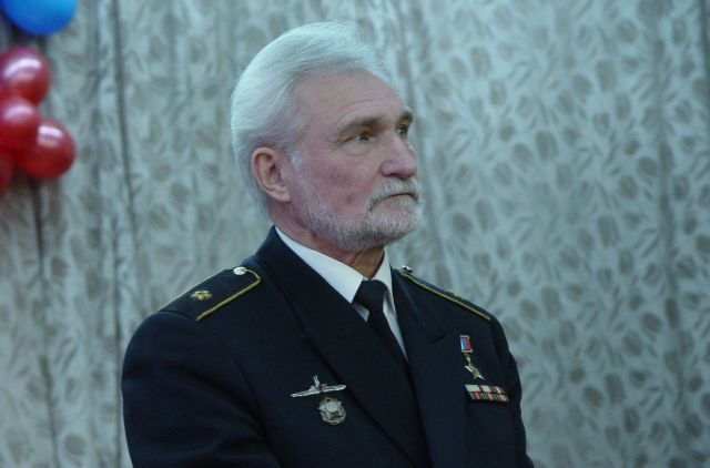 Контр-адмирал Хмыров: наши моряки умеют выполнять сверхсложные задачи лучше американцев