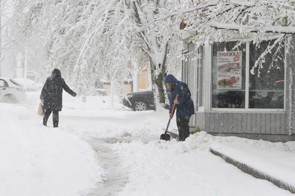Топить нельзя замерзнуть. Как Украина справляется с внезапным похолоданием