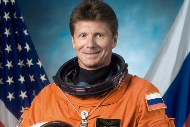 Падалка покинул отряд: что стоит за увольнением прославленных космонавтов