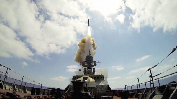 """Подходящий """"Калибр"""": русская ракета против американского томагавка"""