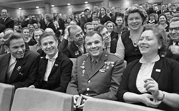«Советские депутаты без зарплат работали эффективнее, чем нынешние – со сверхдоходами»