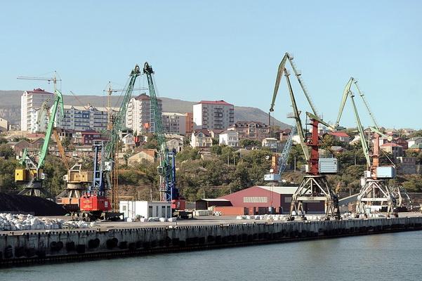 Каспийский коллапс: грузооборот российских портов упал почти до нуля