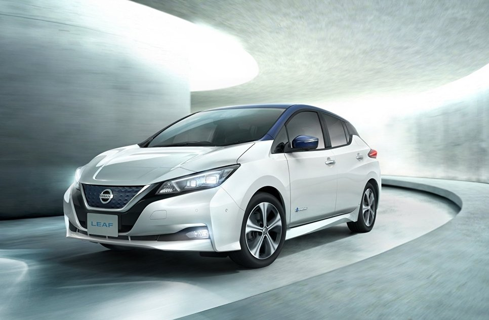 Автомобиль Nissan Leaf