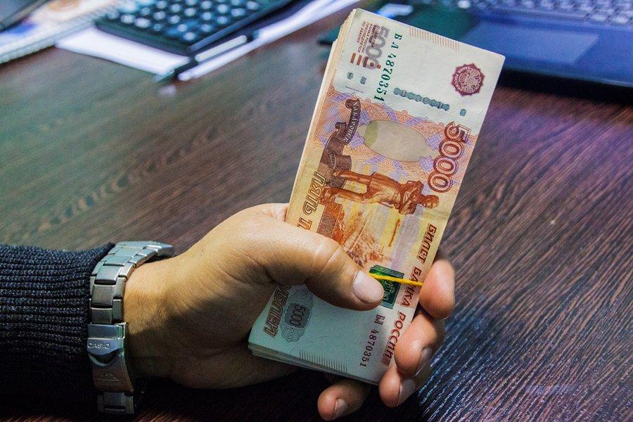 """""""Кредитное рабство"""" съедает треть доходов россиян"""
