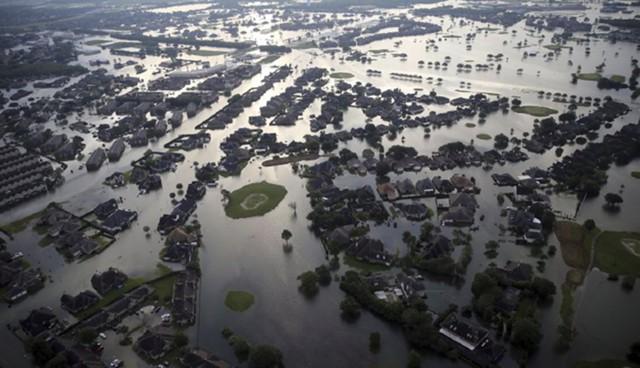 """Ураганы """"Харви"""" и """"Ирма"""" обойдутся США в $290 млрд"""