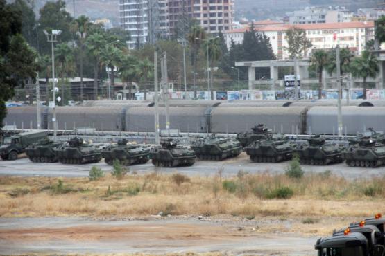 Турция и «Аль-Каида» сразятся за Идлиб? Стянули силы к границе Сирии