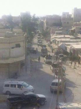 Колонна «Аль-Каиды» движется к сирийской границе