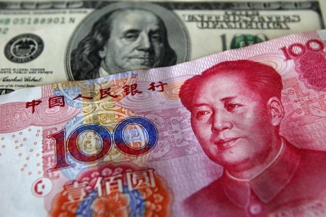 Китай окончательно добивает доллар США