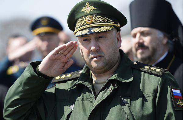 «Сухопутчик» во главе ВКС вызовет среди военных летчиков раздражение