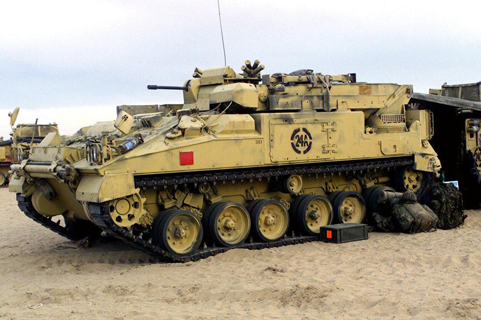"""Британская боевая машина пехоты (БМП) """"Уорриор"""""""