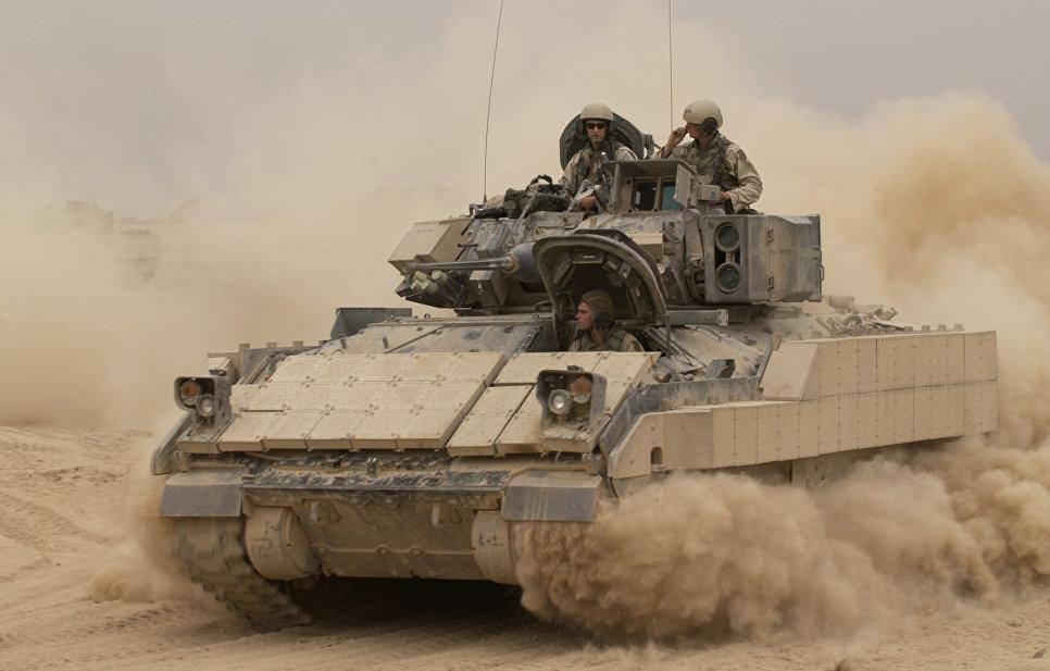 Боевая машина пехоты (БМП) США M2 Bradley
