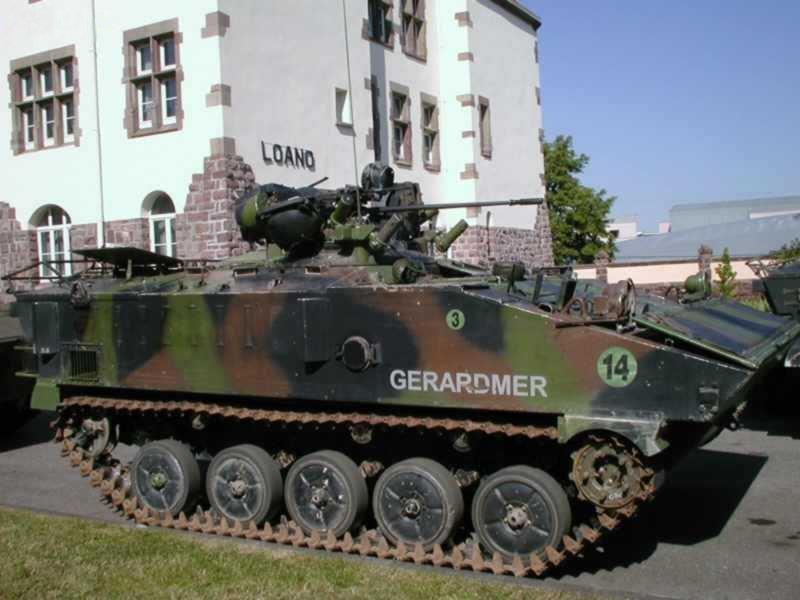 Боевая машина пехоты (БМП) Франции AMX-10P