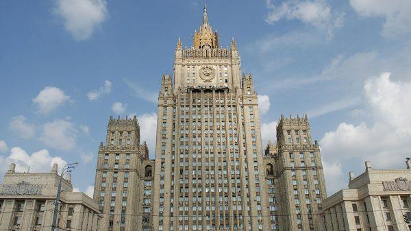 В Москве полагают, что Северная Корея через 2-3 года действительно сможет угрожать своими ракетами США, эту проблему надо решать быстро и без войны.