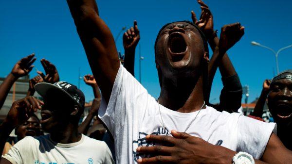 Ни одна страна ЕС не жаждет принимать толпы нелегальных мигрантов, которых навязывает им Брюссель, намеренный сделать из Евробы Еврабию, чтобы дешевле обходилась. Фото: www.globallookpress.com
