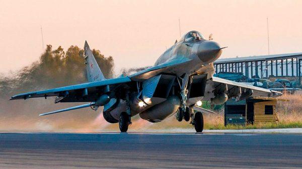 Российские МиГ выполняют боевое задание в Сирии. Фото: www.globallookpress.com