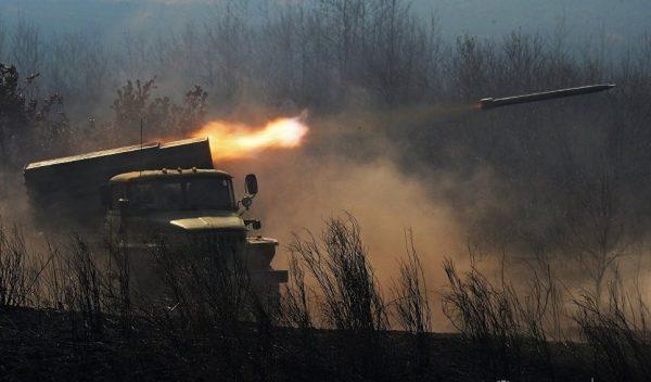 """Боевая машина БМ-21 реактивной системы залпового огня """"Град"""""""
