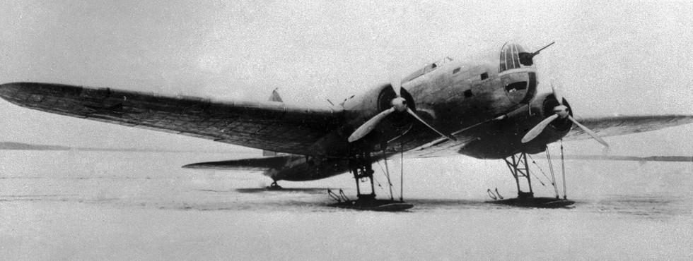 Дальний самолёт-бомбардировщик ДБ-3. Фото: © РИА Новости